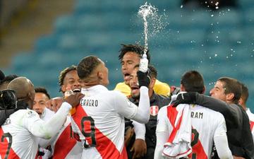 Biến Chile thành cựu vô địch, Peru hiên ngang tiến vào gặp Brazil ở chung kết Cúp Nam Mỹ