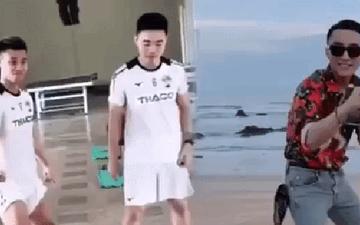 """Xuân Trường rủ Văn Thanh cover lầy lội điệu nhảy """"đau tay"""" của Sơn Tùng M-TP"""