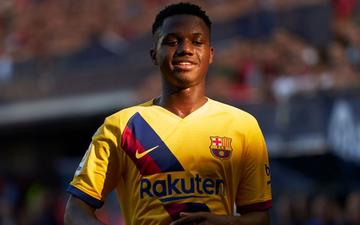Thần đồng 16 tuổi lập kỷ lục ghi bàn khiến Messi cũng phải chào thua nhưng Barcelona lại đánh rơi chiến thắng