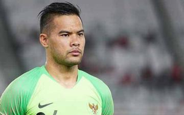 """Thất bại thảm hại trước Thái Lan, fan Indonesia tiết lộ bí mật gây sốc liên quan đến thủ môn được mẹ """"cơ cấu"""""""