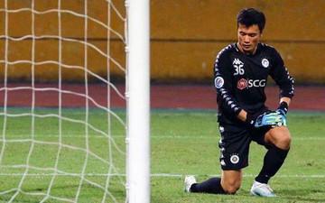 Bùi Tiến Dũng tiếc nuối vì không thể giúp Hà Nội FC bảo toàn chiến thắng trong lần đầu ra sân tại chung kết AFC Cup