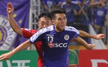 Hậu vệ Văn Kiên (Hà Nội FC) thi đấu cực sung, đền đáp niềm tin của thầy Park