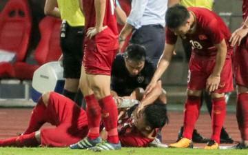 """""""Messi Thái Lan"""" có hành động cực đẹp với trung vệ Bùi Tiến Dũng"""
