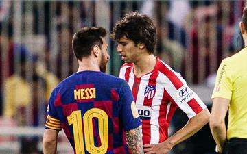"""Bị truyền nhân của Ronaldo bật lại, Messi đáp trả bằng màn trình diễn như """"lên đồng"""" nhưng sau cùng vẫn phải nhận cái kết đắng ngắt"""