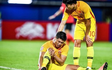 Báo Trung Quốc phẫn nộ, tố cầu thủ nhà bị U23 Hàn Quốc tát thẳng vào mặt nhưng trọng tài cùng VAR vẫn làm ngơ