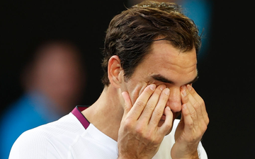 Federer lại thoát hiểm không tưởng ở Australian Open: Vượt qua nỗi đau chấn thương, cứu tới 7 match-point để hẹn Djokovic ở bán kết