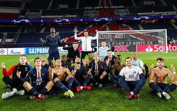 Bất chấp nỗi lo nghiệp quật, dàn sao PSG hả hê chọc quê tiền đạo năm nay mới 19 tuổi
