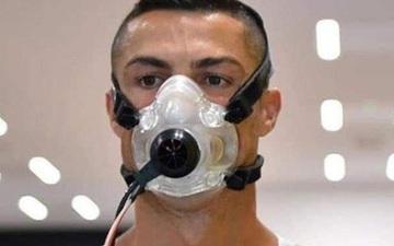 Từ nơi cách ly, Ronaldo nhắn nhủ fan cảnh giác với dịch Covid-19