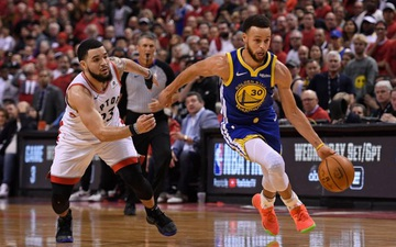 Stephen Curry trở lại sau chấn thương, tái hiện trận chung kết NBA một năm về trước
