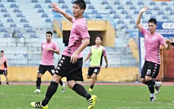 Duy Mạnh cùng Đình Trọng sang Singapore khám chấn thương ngay sau trận đấu đầu tiên của Hà Nội FC tại V.League
