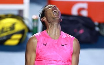 """Các tay vợt hàng đầu thế giới bất ngờ rơi vào thế """"việt vị"""" vì virus Corona"""