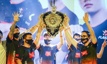 Huỷ diệt Saigon Phantom 4-0, Team Flash vô địch ĐTDV mùa xuân 2021