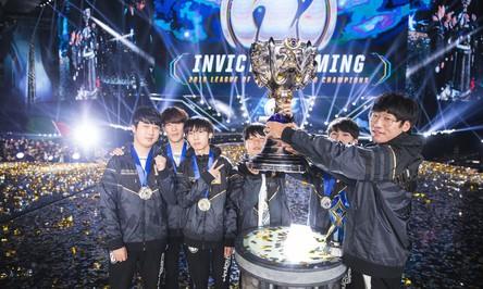 LMHT: Trung Quốc có 3 suất vào thẳng vòng bảng CKTG 2019, ngang với Hàn Quốc