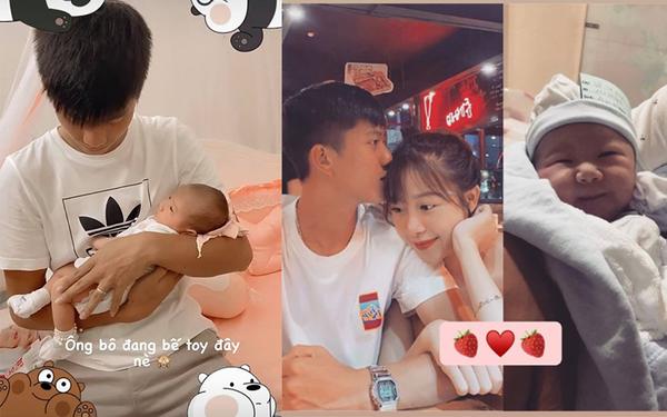"""Hình ảnh đáng yêu: Phan Văn Đức vừa bế, vừa nhìn con gái """"đắm đuối"""""""