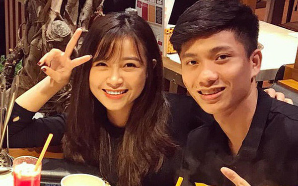 """Nhật Linh lên tiếng về status gây hoang mang, kể chuyện lần đầu hẹn hò giản dị cùng Phan Văn Đức với """"bánh bao và xúc xích"""""""