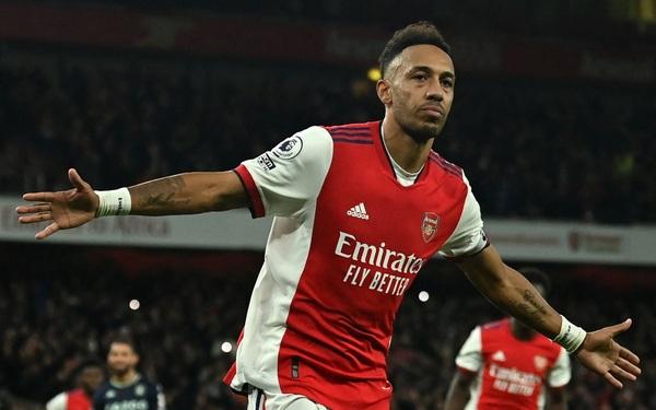 Thắng thuyết phục Aston Villa, Arsenal gia nhập top 10 Premier League