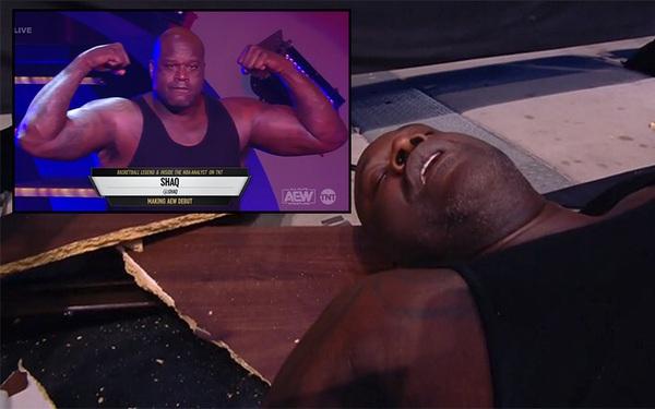 Lấn sân đấu vật, Shaquille O'Neal đi cấp cứu trong bộ dạng hài hước
