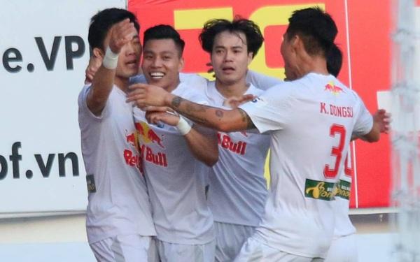 Xuân Trường lập siêu phẩm giúp HAGL đánh bại Hà Nội FC