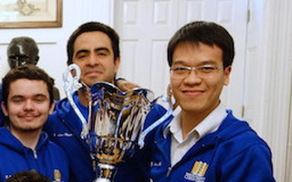 Đại kiện tướng Lê Quang Liêm làm HLV đội cờ vua danh tiếng nhất cấp đại học ở Mỹ