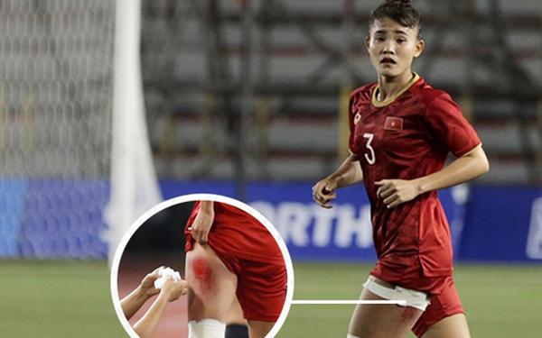 """Fan xót xa hình ảnh nữ tuyển thủ Việt Nam rách đùi, băng gối vẫn thi đấu lăn xả: """"Dù sao đấy cũng là một cô gái thôi mà"""""""