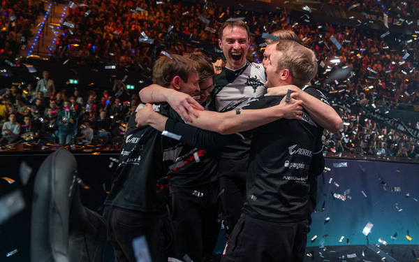 Perkz thay đổi vị trí, Super Team châu Âu ra đời và kì vọng giành ngôi vương
