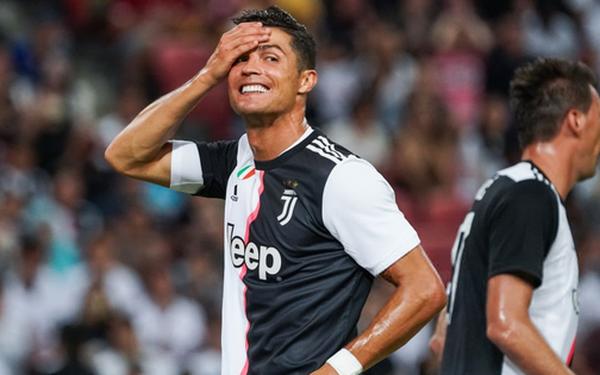 Ronaldo ghi bàn, nhưng siêu phẩm từ giữa sân của tiền đạo số 1 nước Anh giúp Tottenham ngược dòng ngoạn mục thắng Juventus 3-2